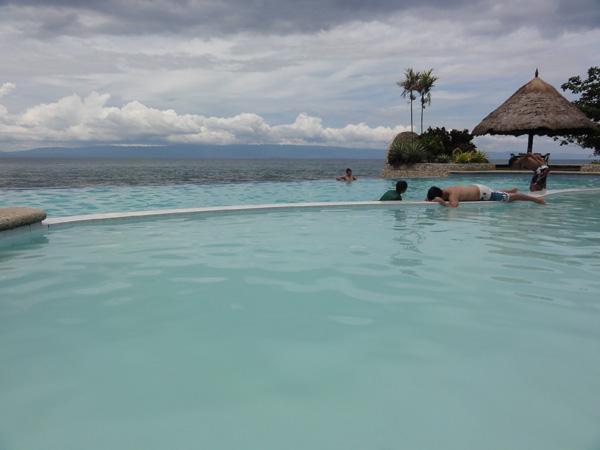 The Banogon clan enjoys the infinity edge pool at the Lalimar Beach Resort.