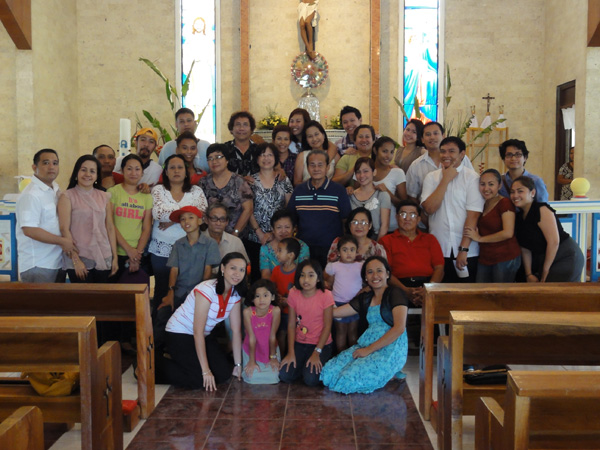 The entire Banogon Clan is gathered together for a family reunion.