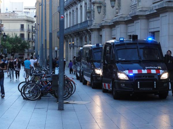 barcelona-riot-merevin-13