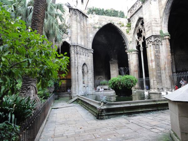 barcelona-spain-merevin-11