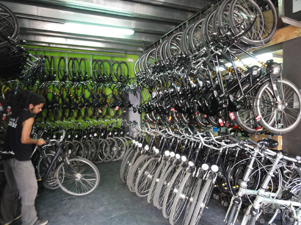 biking-barcelona-merevin-03