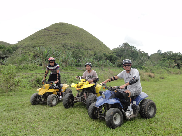 bohol-chocolate-hills-philippines-merevin-05