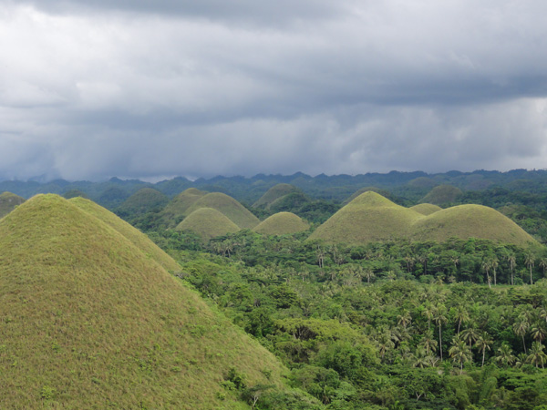 bohol-chocolate-hills-philippines-merevin-09
