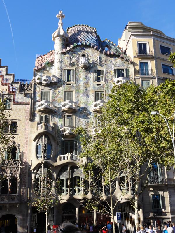 bus-ride-barcelona-merevin-02