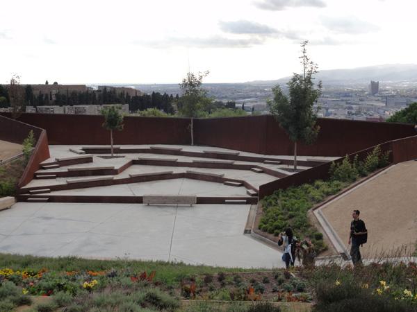 Jardí Botànic de Barcelona contains a unique outdoor amphitheater.