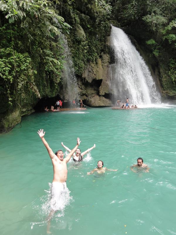 kawasan-falls-philippines-merevin-09