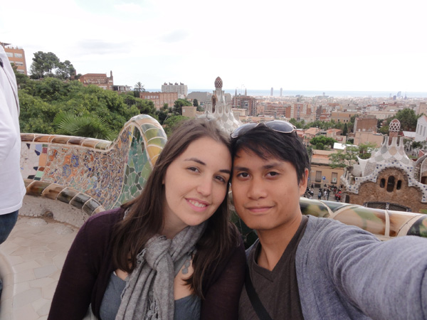 Kevin Banogon and Meredith Lambert take a picture together at Park Güell in Barcelona.