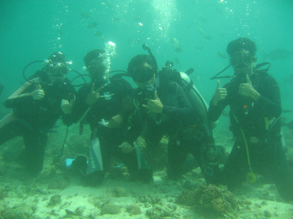 scuba-diving-philippines-merevin-10