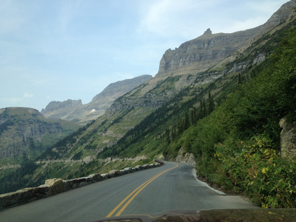 going-to-the-sun-road-glacier-merevin-18