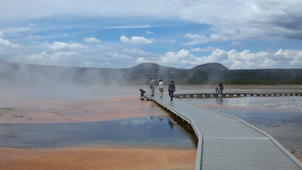 grand-prismatic-spring-yellowstone-merevin-08