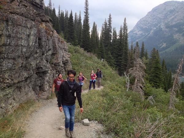 grinnell-glacier-beginning-hike-merevin-15