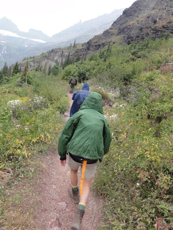grinnell-glacier-beginning-hike-merevin-27