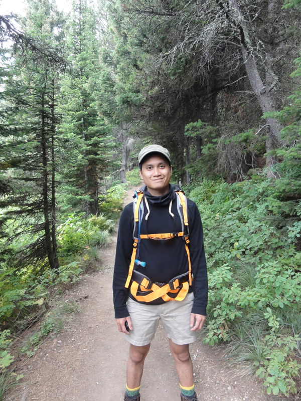 Kevin Banogon documents his hike in Glacier National Park on his travel blog.