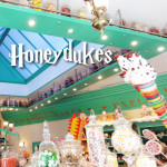 Eating Sweets at Honeydukes