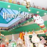 Eating Sweets at Honeydukes