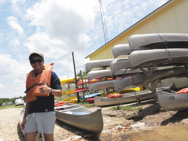 Kevin Banogon gets ready for a 5 mile canoe trip through the Ten Thousand Islands.
