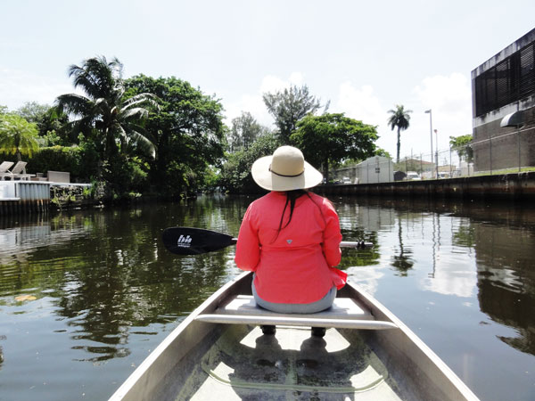 Meredith Lambert experiences urban canoeing through Miami's Little River.