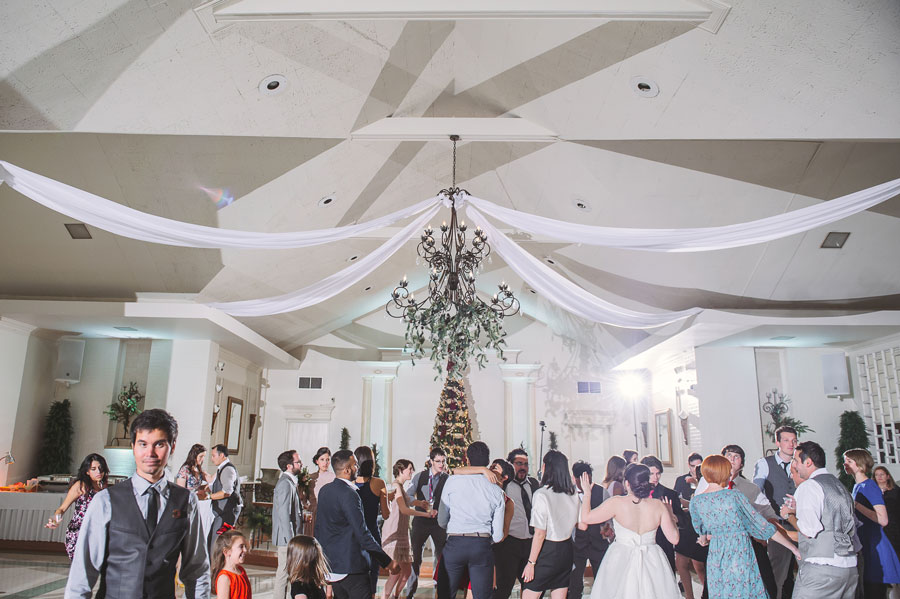 All the guests at this Vintage Court wedding dance the night away on the dance floor.